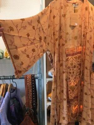 Vintage sarisilk Dubai kimono Apricot Onesize
