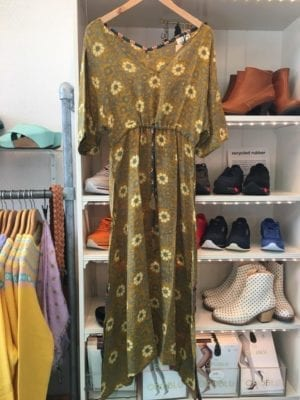 Vintage sarisilk maxidress cut sleeve Olive flowers M/L