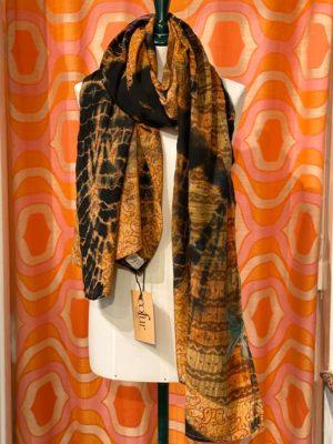 Vintage sarisilk Oversize scarf/sarong 9 orange batik