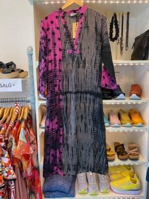 Vintage sarisilk Goa maxidress  Dip dye dots/stripes XS