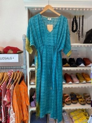 Vintage sarisilk Pernille dress turquoise beach Onesize