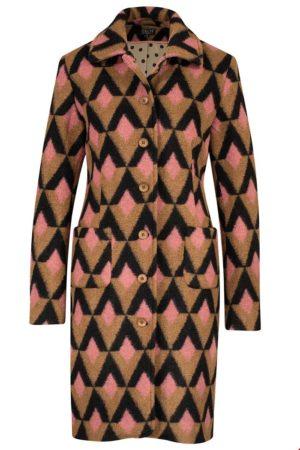 Coat triangle blush